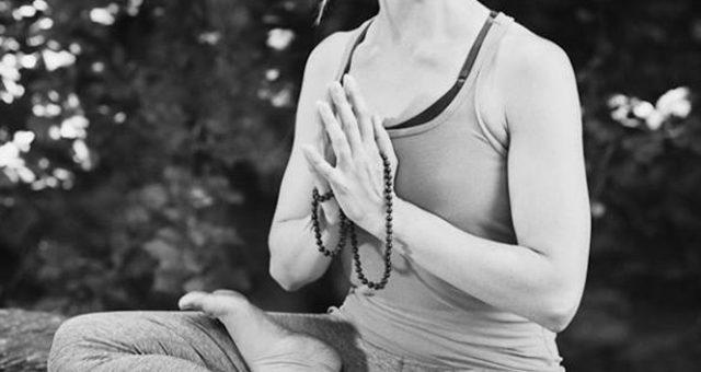 Namaste und Hallo 😊
